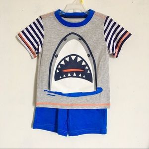 nwt Toddler Shark Set with Pocket